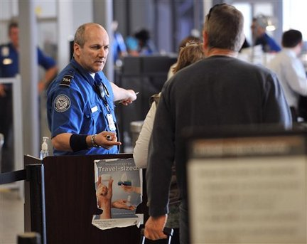 Beware: TSA Workers Steal Money From Travelers